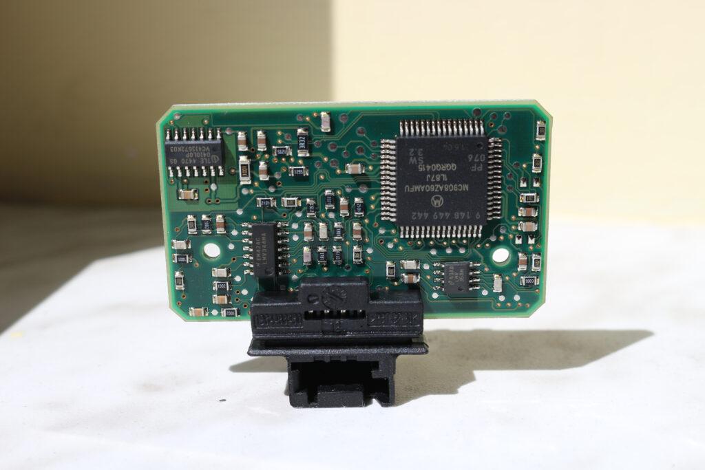 Peugeot 407 rain sensor PCB - back